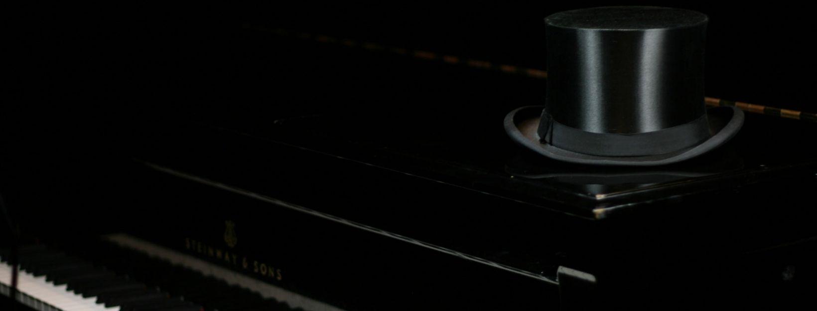 Header Piano Zylinder