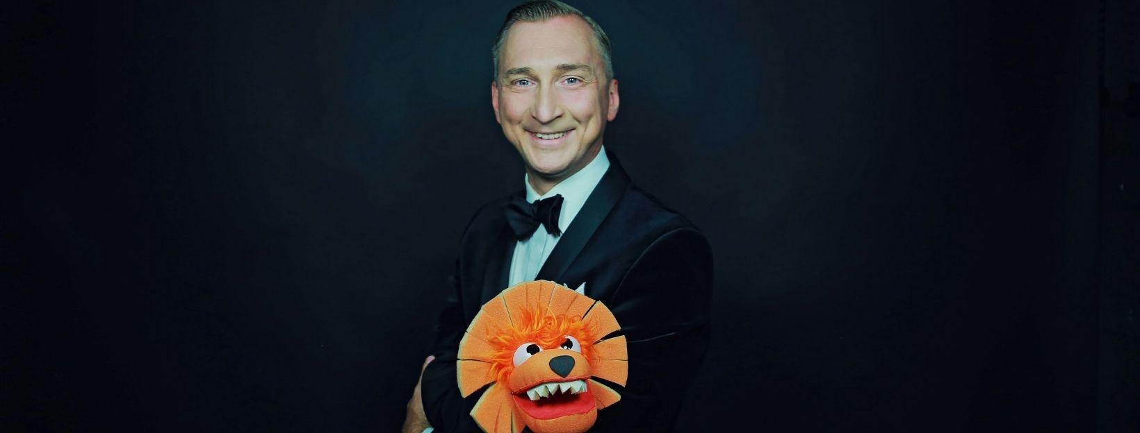 Sebastian Coors mit Löwe